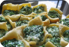 mini spanakopita wonton-thingers